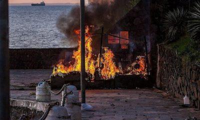 Homem que teve corpo queimado enquanto dormia no Porto da Barra morre