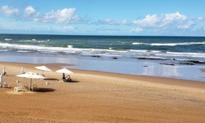 Mais de 15 praias estão impróprias para o banho neste fim de semana em Salvador, aponta Inema