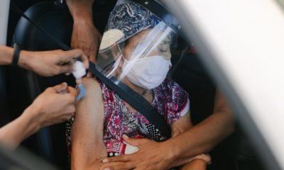 Adesão à terceira dose contra Covid-19 é baixa em Salvador