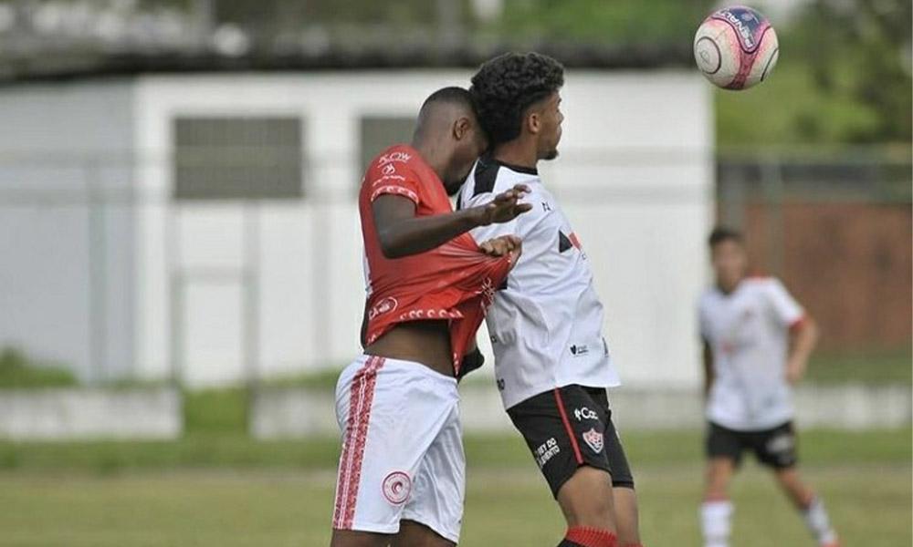 Camaçariense encara Vitória hoje na segunda partida da semifinal do Baianão Sub-20