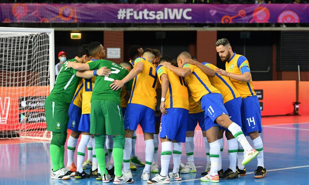 Brasil encara Japão nas oitavas de final da Copa do Mundo de Futsal