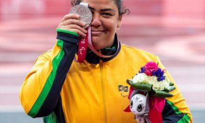 Paralimpíada: Marivana Oliveira conquista medalha de prata no arremesso de peso na classe F35