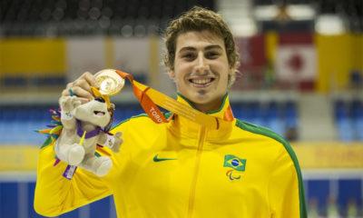 Natação: Talisson Glock conquista medalha de ouro ao vencer prova nos 400m livre