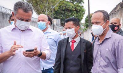 Dr. Samuka acompanha visita de Rui e Elinaldo à Colégio Estadual de Vila de Abrantes