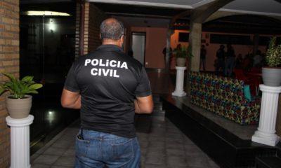 Mulher é presa por negociar encontros sexuais através de rifa em Salvador