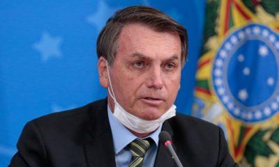 """Bolsonaro chama manifestantes de """"acéfalos"""" em Nova York e Queiroga faz gesto obsceno"""