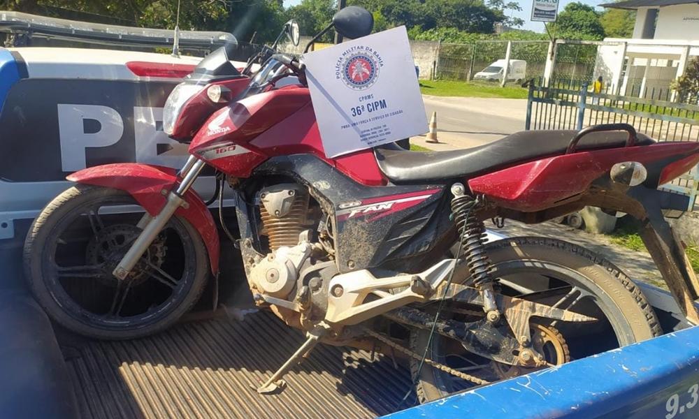 Homem é preso com moto roubada no bairro Boa Vista em Dias d'Ávila