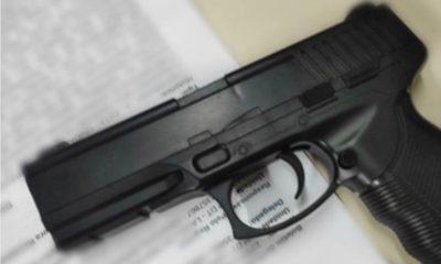Falso policial militar é preso com simulacro de arma de fogo em Lauro de Freitas