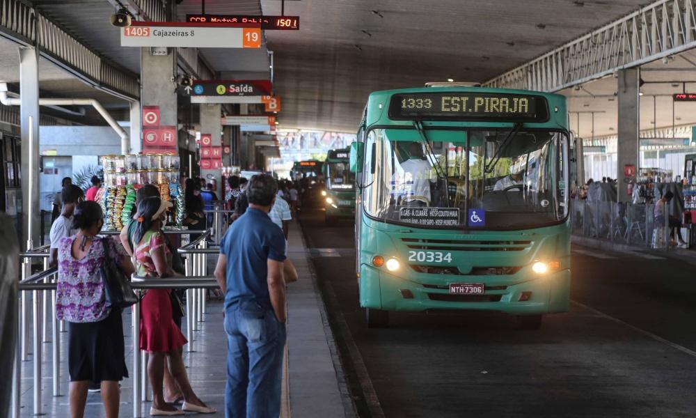 Cinco linhas de ônibus serão desativadas em Salvador a partir de sábado