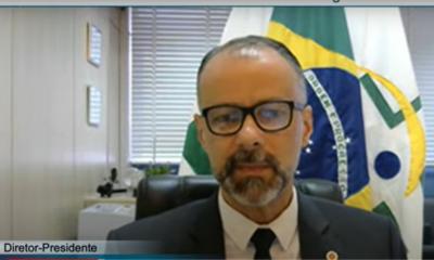 Vacinas contra Covid-19 não induzem outras doenças, afirma presidente da Anvisa