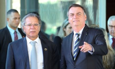 Bolsonaro pede abertura de crédito de R$ 9,4 bilhões para Auxílio Brasil