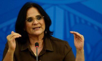 Damares afirma que governo federal apresentará programa para distribuição gratuita de absorventes
